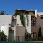 Torres House, Castellón / by Luis de Garrido