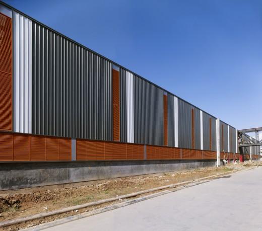 Dongguan Toy Warehouse / by Atelier Liu Yuyang Architects