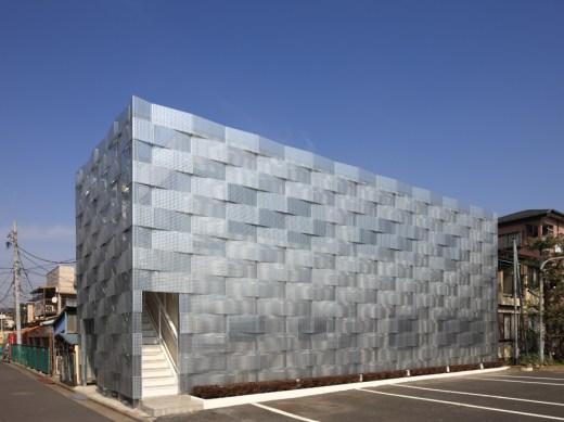 Edogawa Garage Club Renovation / by Jun'ichi Ito Architect & Associets
