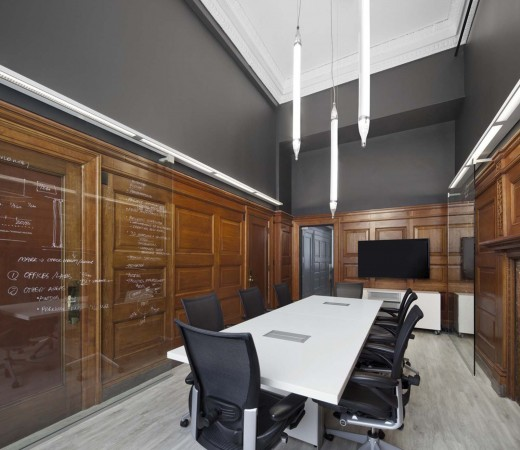 Bureau 100: A New Office / by NFOE et associés architectes