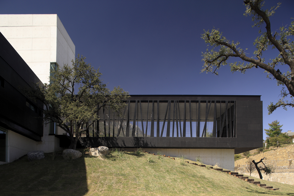 Bc House By Glr Arquitectos Gilberto L Rodriguez Architecture - Bc-house-by-glr-arquitectos-is-a-sustainable-solution