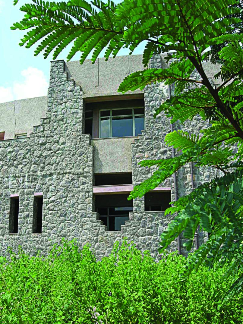 Laboratory for the Conservation of Endangered Species, Hyderabad, Shirish Beri