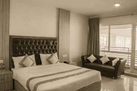 Hotel-Rama-Trident-Studio-Meraki-Shweta-Kaw
