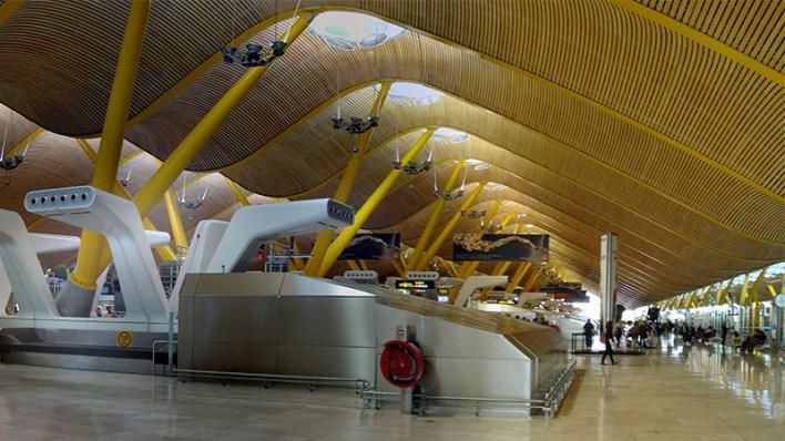 Barajas terminal 4 airport