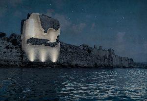 Impressie gerestaureerde toren bij nacht.