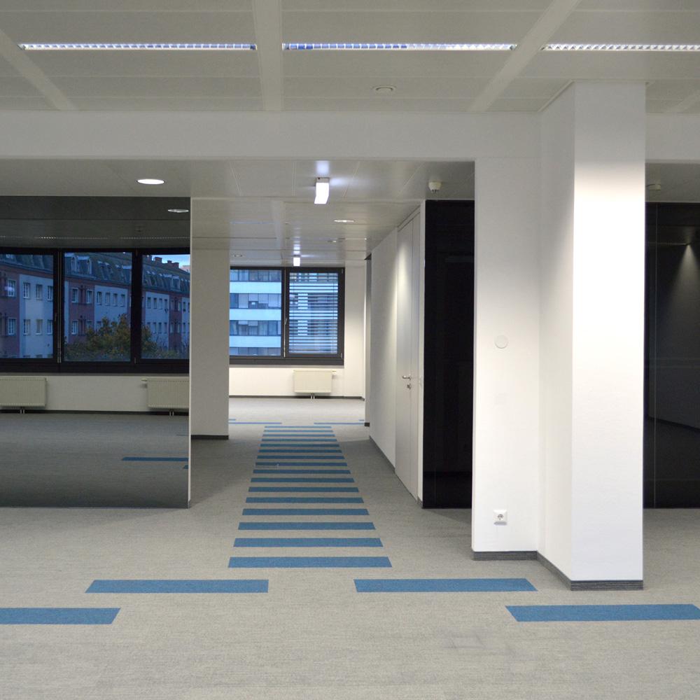 BBG Bundesbeschaffungs GmbH - Büroraum quer