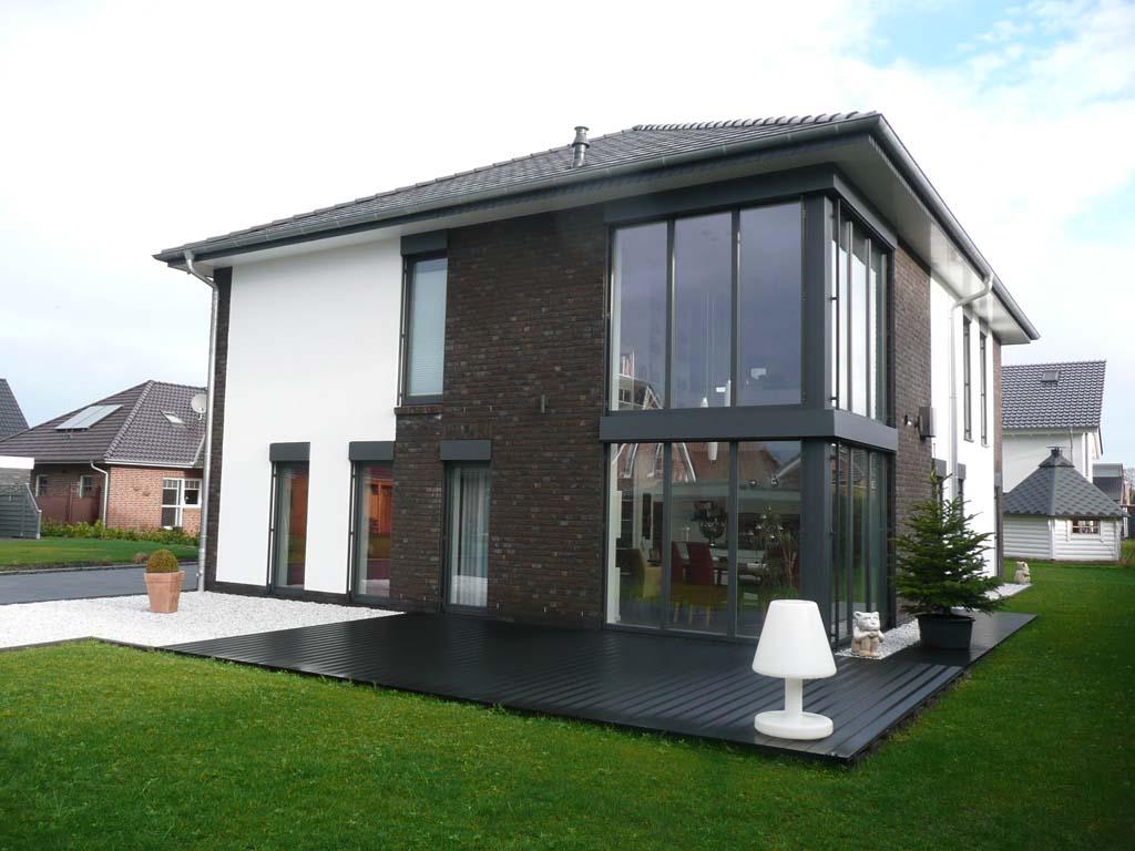Einfamilienhaus mit Galerie in Leer