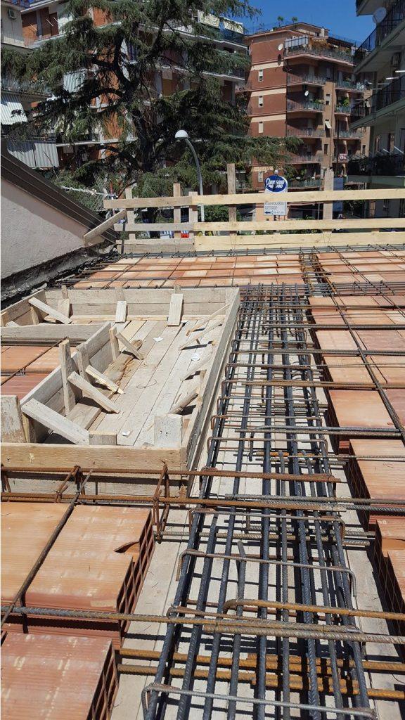 Recupero strutturale - Ristrutturazione immobile - ricostruzione del solaio tetto