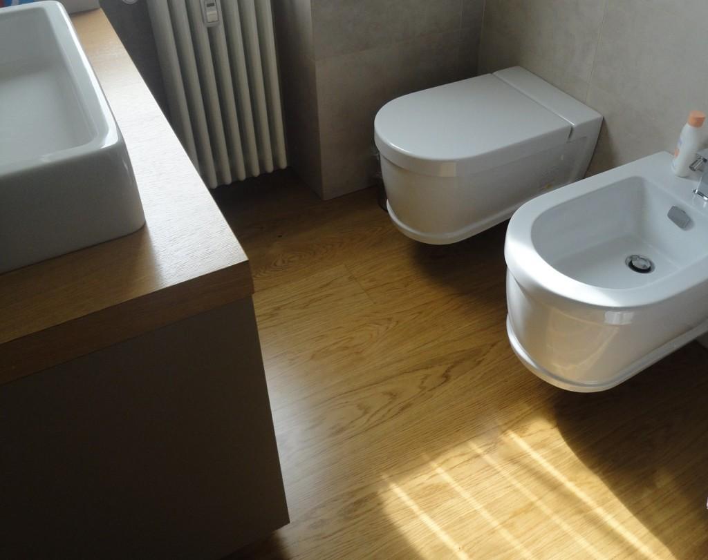 Tre camere e due bagni nellappartamento anni 50
