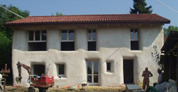 Ristrutturazione di un edificio rurale con destinazione residenziale Cinzano, Arch. Fassi, 2009.