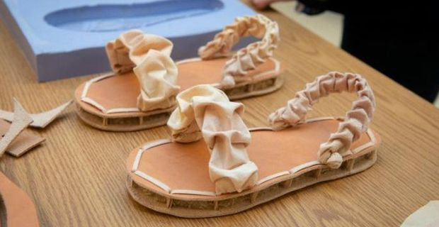 Calzature sostenibili prime scarpe biodegradabili