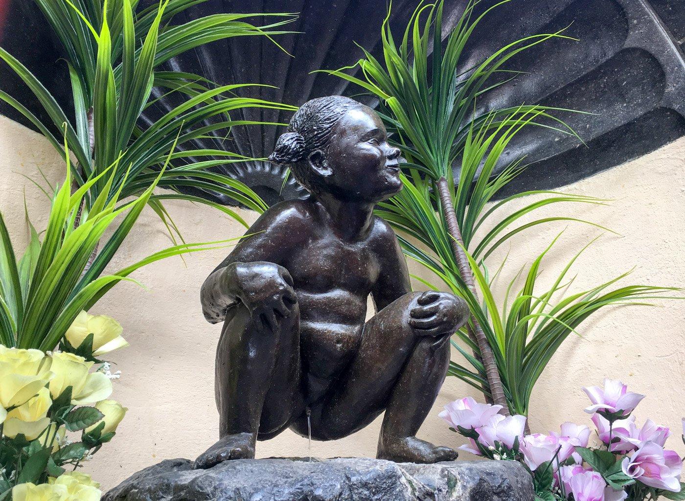 Jeanneke Pis statue Brussels Belgium