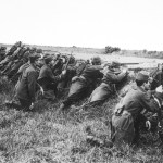French_soldiers_ditch_1914