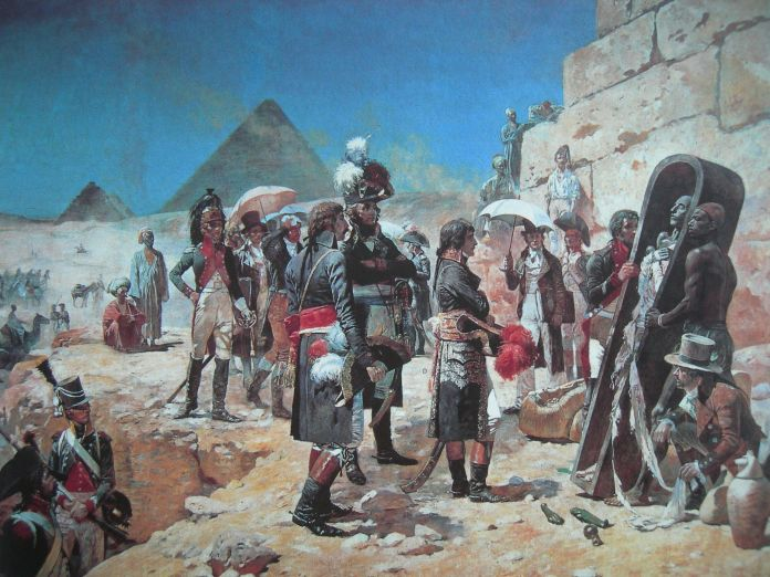 Napoleon y una momia