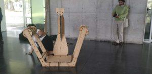 Ensamblaje del último prototipo de escáner cenital de Bibliohack