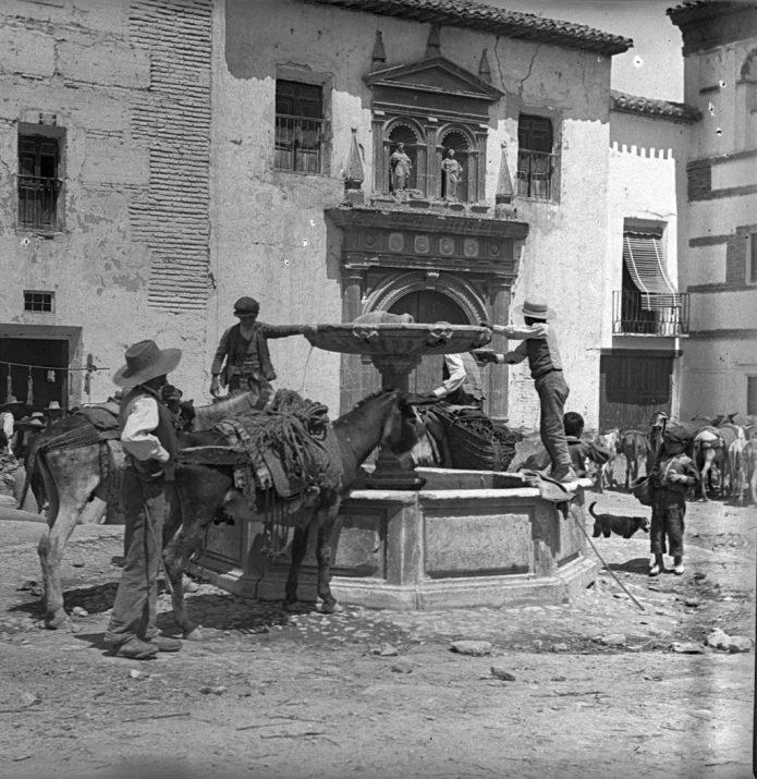 Plaza de Santo Domingo, Baza, Granada (1905)