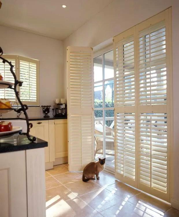 JASNO Shutters magefertigte Innenfensterlden aus Holz