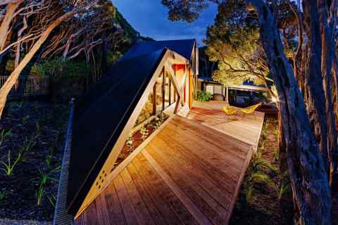 modern-cabin-extension-australia-view-from-above