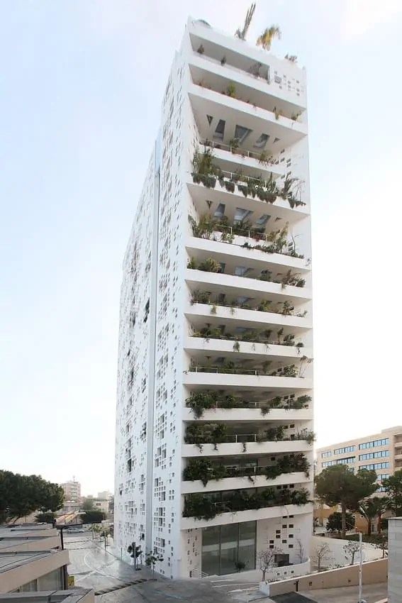 White walls in Cyprus by Ateliers Jean Nouvel 16