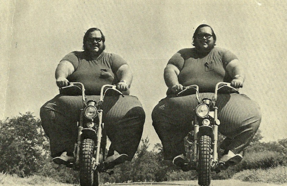 The Fattest Twins from the Guinness Book of World Records