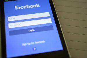 Facebook app login screen