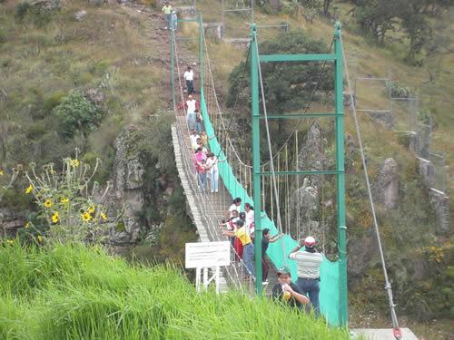puentes colgantes arcos del sitio