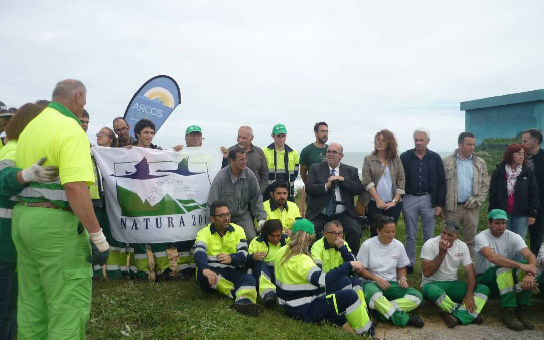 Controlling invasive species in Liencres Natural Park (Piélagos) to celebrate Natura 2000 day