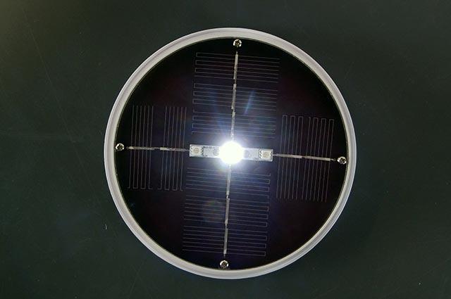 @tec Solarleuchte, ein Solarpanel mit eine weiße LED Diode