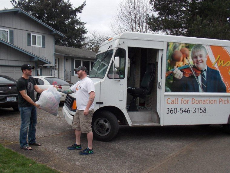 arc_southwest_washington_donation_truck2
