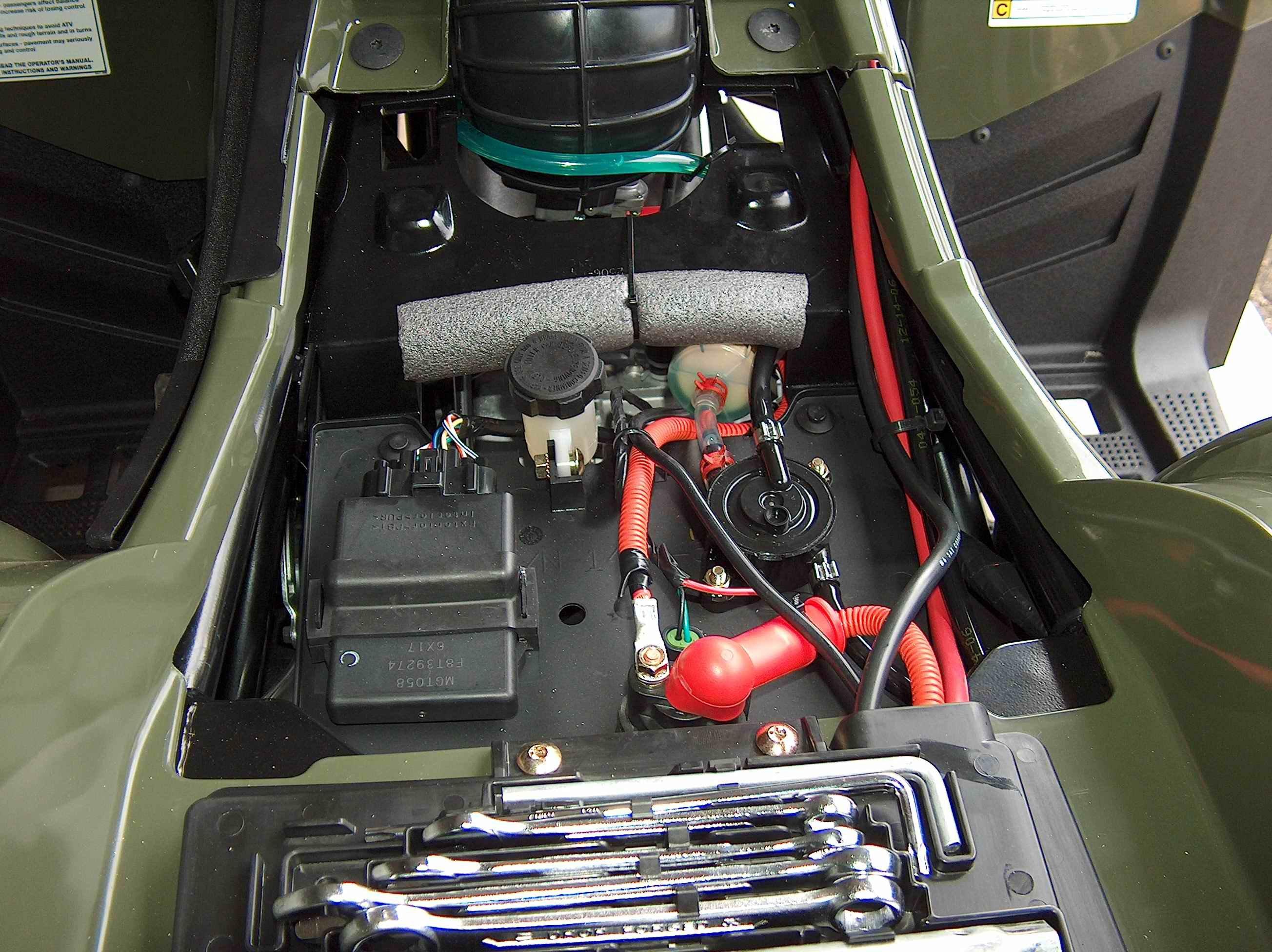 image of fuse box on arctic cat 700