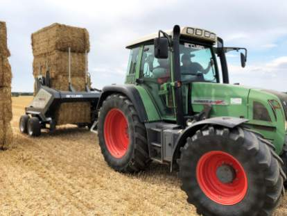 ARCUSIN-FORSTACK-BALE-CHASER-ACCUMULATOR-FRANCE-GERMANY-PACAS-FORRAJE-17