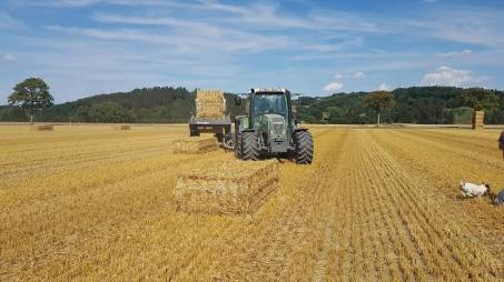 ARCUSIN-FORSTACK-BALE-CHASER-ACCUMULATOR-FRANCE-GERMANY-PACAS-FORRAJE-23