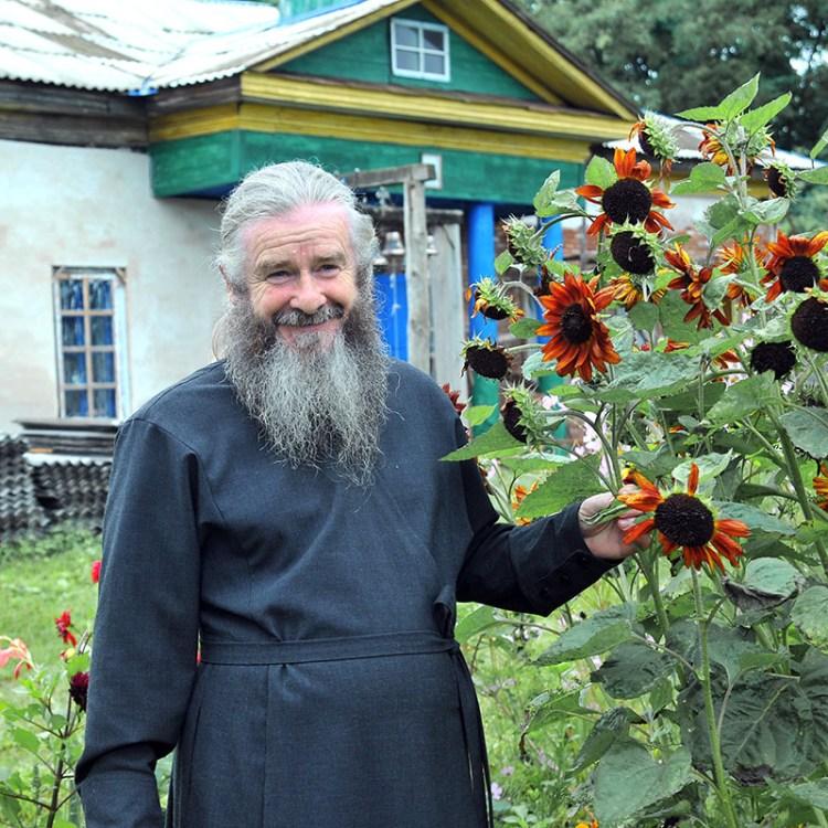 Настоятель Свято-Николаевского Пустынно-Рыхловского монастыря отец Гурий