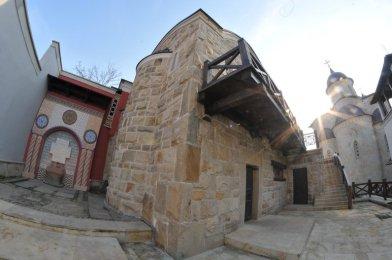 И снова я в Зверинецком монастыре. Живые фотографии о вечном 35