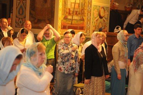 Фоторепортаж из Свято-Троицкого Ионинского монастыря о праздновании Светлого праздника Пасхи 10