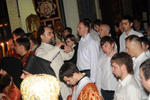 Фоторепортаж из Свято-Троицкого Ионинского монастыря о праздновании Светлого праздника Пасхи 32
