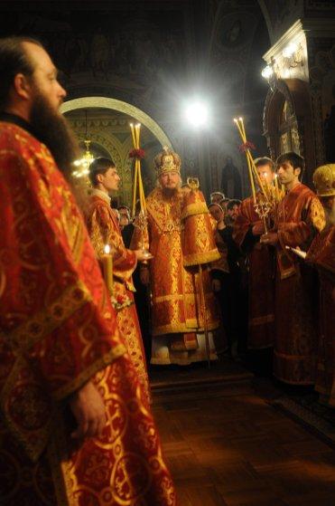 Фоторепортаж из Свято-Троицкого Ионинского монастыря о праздновании Светлого праздника Пасхи 79