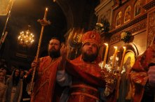 Фоторепортаж из Свято-Троицкого Ионинского монастыря о праздновании Светлого праздника Пасхи 86