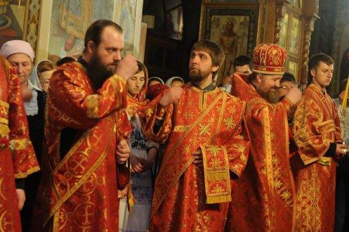 Фоторепортаж из Свято-Троицкого Ионинского монастыря о праздновании Светлого праздника Пасхи 115