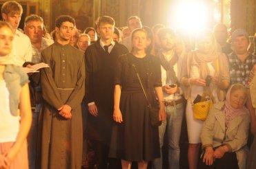 Фоторепортаж из Свято-Троицкого Ионинского монастыря о праздновании Светлого праздника Пасхи 162