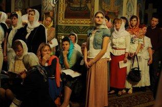 Фоторепортаж из Свято-Троицкого Ионинского монастыря о праздновании Светлого праздника Пасхи 318