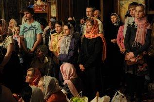 Фоторепортаж из Свято-Троицкого Ионинского монастыря о праздновании Светлого праздника Пасхи 344