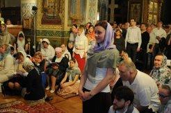 Фоторепортаж из Свято-Троицкого Ионинского монастыря о праздновании Светлого праздника Пасхи 357