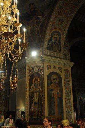 Фоторепортаж из Свято-Троицкого Ионинского монастыря о праздновании Светлого праздника Пасхи 387