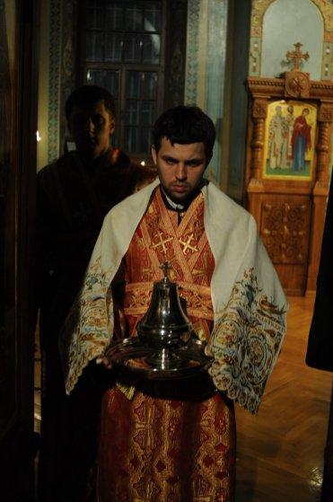 Фоторепортаж из Свято-Троицкого Ионинского монастыря о праздновании Светлого праздника Пасхи 413