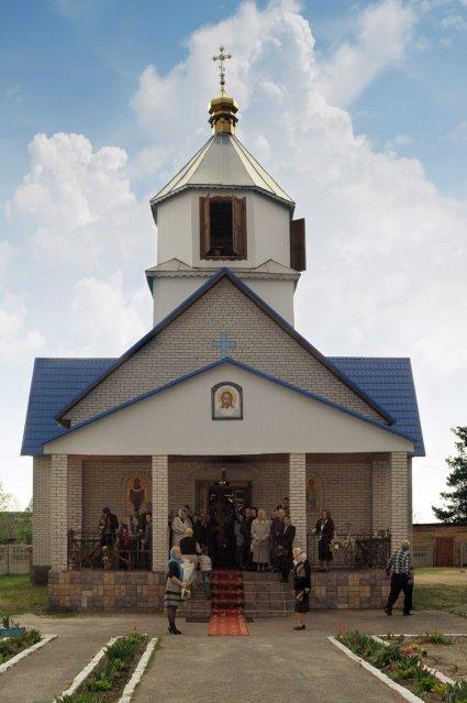 Фоторепортаж. Первое мая в сельском храме села Сукачи 15