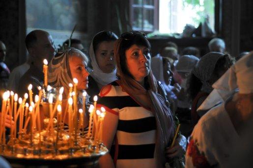 Святая Троица. Фотографии праздничного богослужения из Свято-Троицкого Ионинского монастыря.2013 год. 192