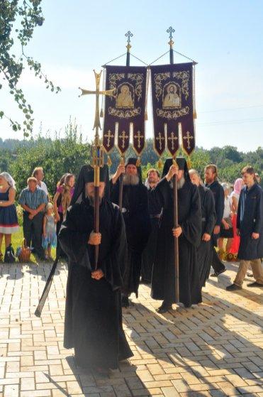 300 фото с храмового праздника Преображение Господне Спасо-Преображенского скита Ионинского монастыря 195