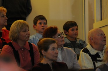 Вечер памяти о. Лонгина в Доме учителя 69