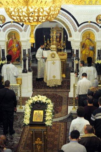Несколько фотографий с Рождественской службы из Свято-Троицкого Китаевского мужского монастыря. 15